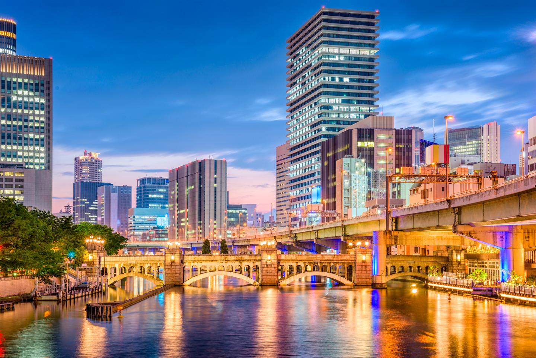 ANAクラウンプラザホテル大阪 北新地・淀屋橋駅より徒歩約5分